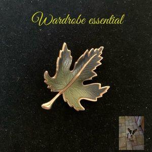 Green enamel and gold tone Maple leaf brooch